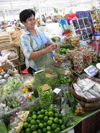 9may2006_market17