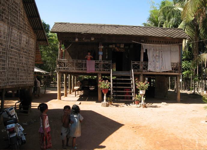 27jan2008_cambodia_house_2